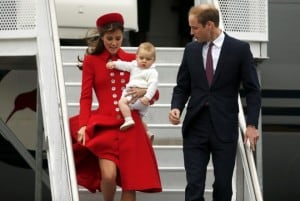 kate-middleton-prince-william-baby-george-arrive-new-zealand