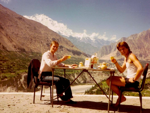 rakaposhi north pakistan scenic breakfast