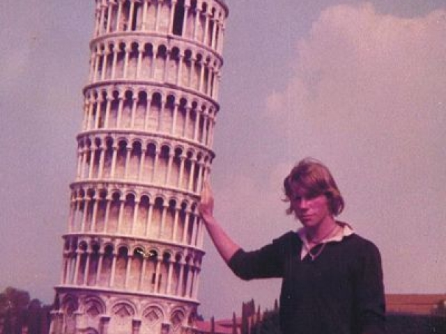backpacking in europe I leaning tower of pisa italy I jerry bridge